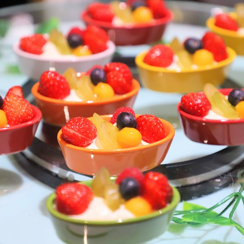 ザ・テラス(ウェスティンホテル東京)の苺のデザートビュッフェ(チーズクリーム)