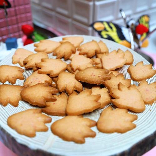 イチゴジラ クッキー