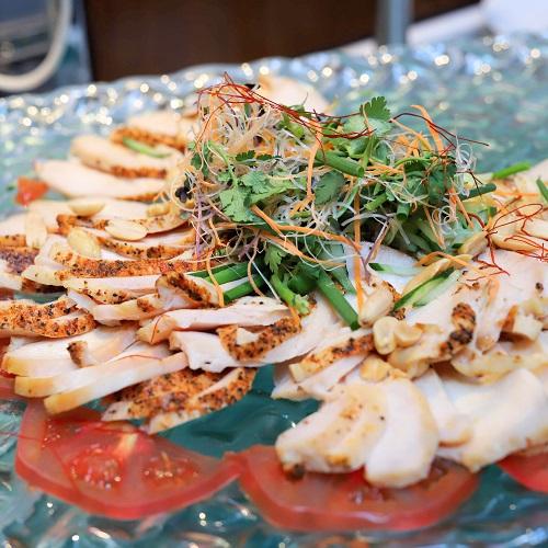 イチゴジラ サラダ