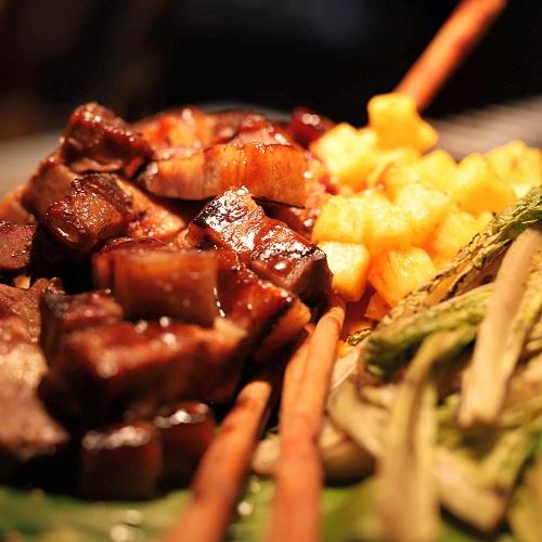 ハレーダビッドソン『肉ビュッフェ』グリロジーのポーク