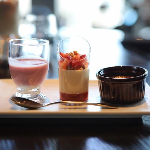TABLE 9 TOKYO「いちごスイーツビュッフェ」グラスデザート