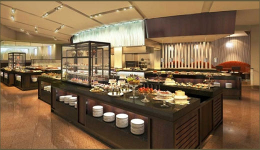 京王プラザホテルのビュッフェ【驚愕のフォアグラ食べ放題】グラスコート