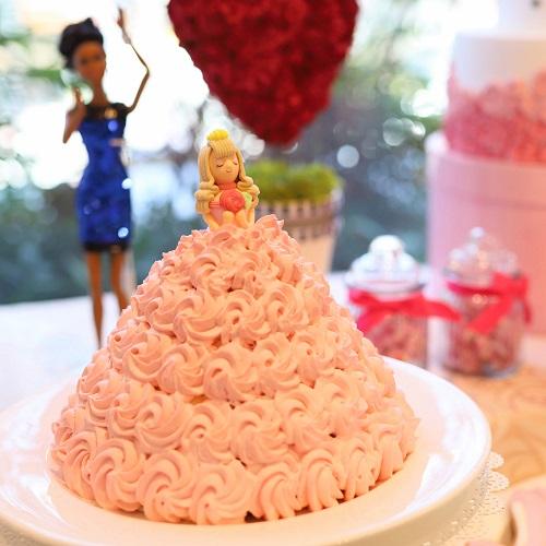 ザストリングス表参道 デザートビュッフェ 恋するドレスケーキ