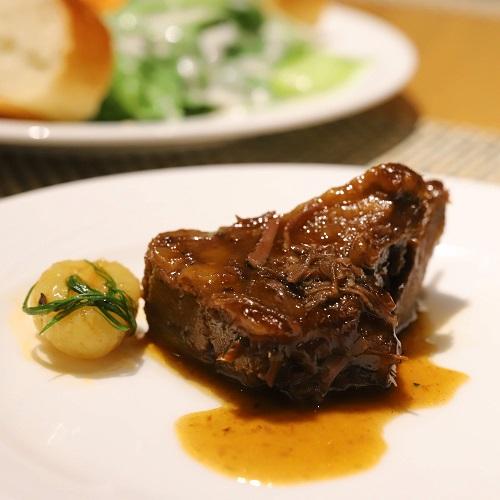 ヒルトン東京お台場のビュッフェ|牛頰肉