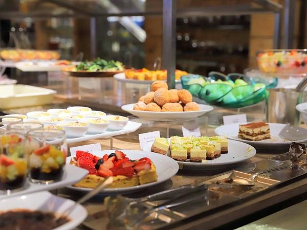 ハイアットリージェンシー東京のビュッフェのデザートコーナー