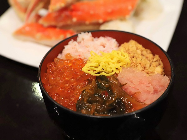 カスケイドカフェ 海鮮丼