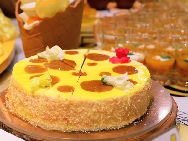 ヒルトン東京 マーブルラウンジのスイーツビュッフェ(恋するwチーズ)