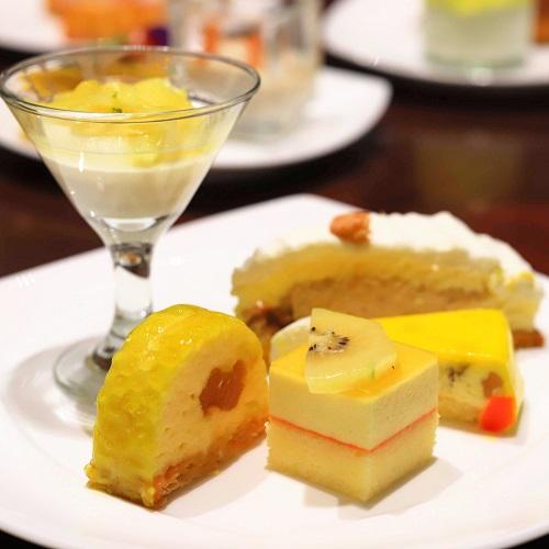 ヒルトン東京 マーブルラウンジのスイーツビュッフェ(デザート盛り合わせ2)
