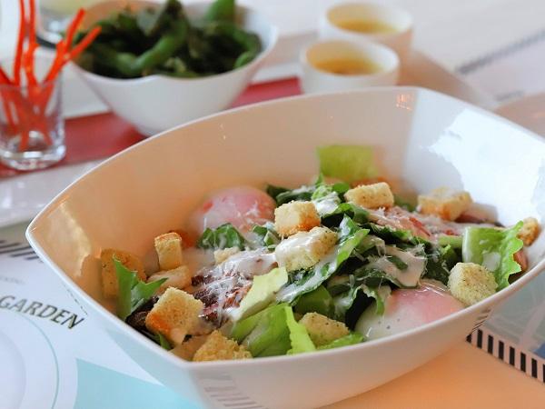 インターコンチネンタル東京ベイのビアガーデン サラダ