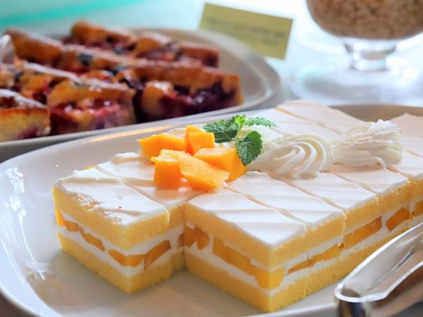 グランドハイアット東京のアフタヌーンティーブッフェ マンゴーショートケーキ