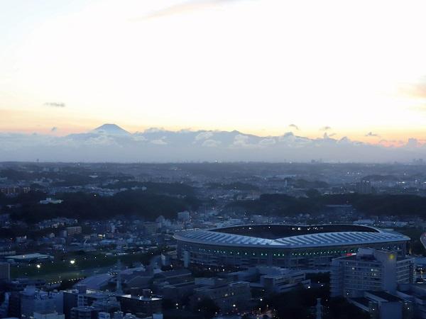 新横浜プリンスホテルのアフタヌーンティー|富士山の眺望