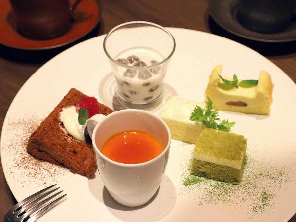ホテル雅叙園東京のランチビュッフェ|スイーツ盛り合わせ