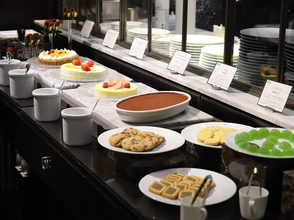 ホテル インターコンチネンタル 東京ベイ「ジリオン」|デザートブッフェ
