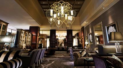 ホテルインターコンチネンタル東京ベイのランチレストラン|ニューヨークラウンジ
