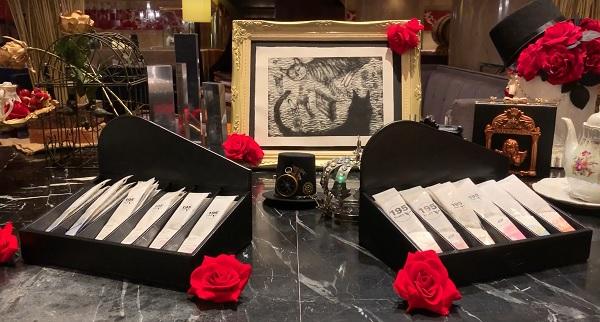 ヒルトン東京 マーブルラウンジのスイーツビュッフェ「アリスinローズ・ラビリンス」(ロンネフェルトの紅茶)