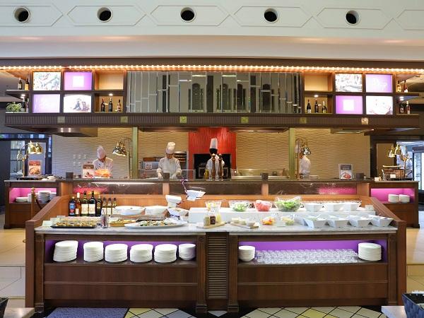 ホテル阪急インターナショナルのビュッフェ