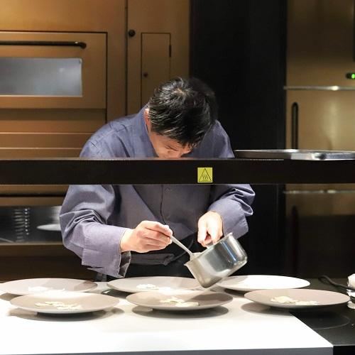 ハイアット セントリック 銀座 東京「NAMIKI667」のディナー(平川料理長)
