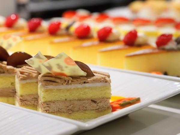 東京プリンスホテル|ポルトのブッフェ(ケーキ)