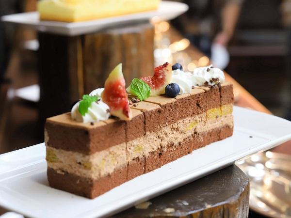 リッツカールトン大阪のランチブッフェ(ショートケーキ)