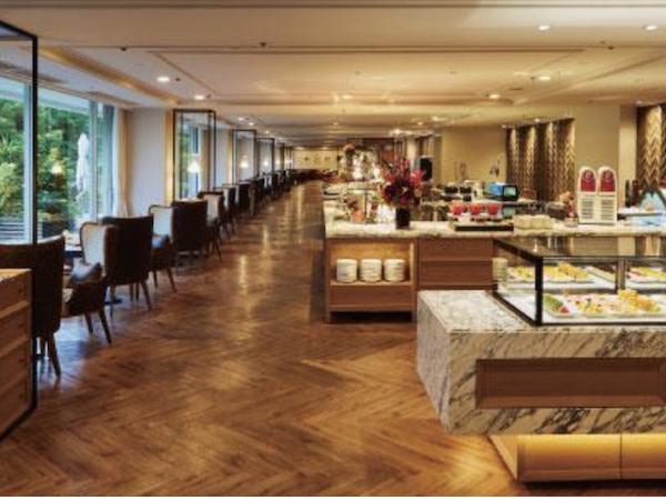 東京プリンスホテル|ポルトのブッフェ(店内)