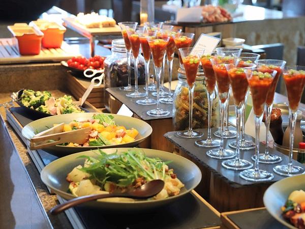 インターコンチネンタルホテル大阪のランチブッフェ(前菜)