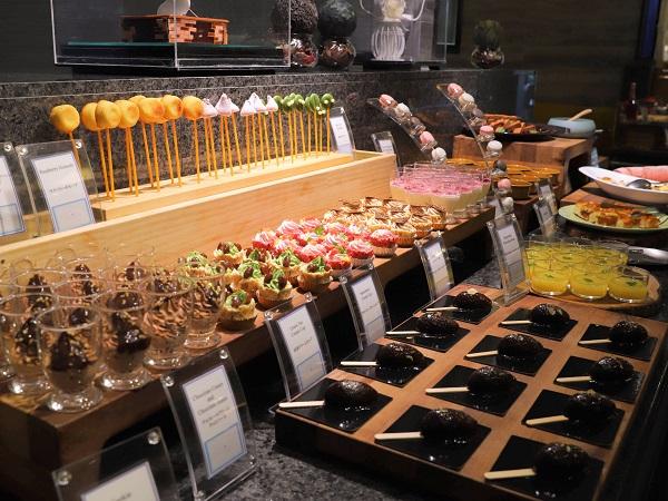 ANAクラウンプラザホテル大阪のランチブッフェ(デザートコーナー)