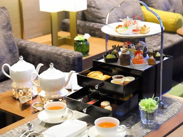 スイスホテル南海大阪のアフタヌーンティー ティースタンド