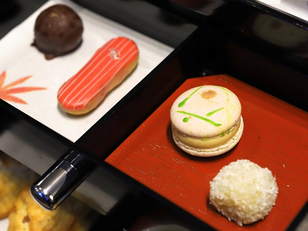 スイスホテル南海大阪のアフタヌーンティー 和菓子