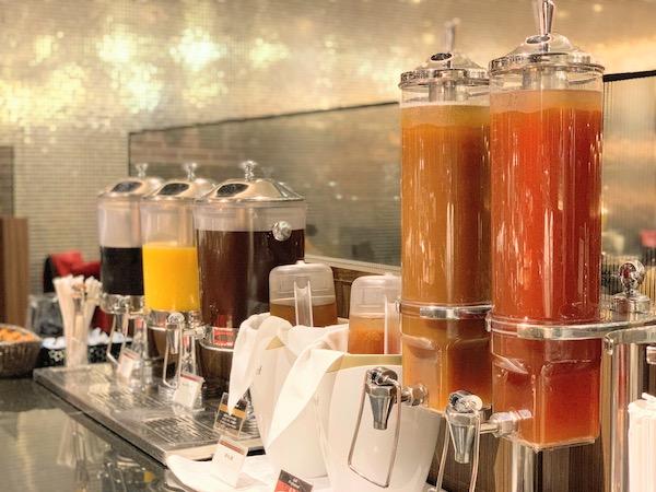 サンシャインシティプリンスホテルのディナービュッフェ|シェフズパレット(ジュース)