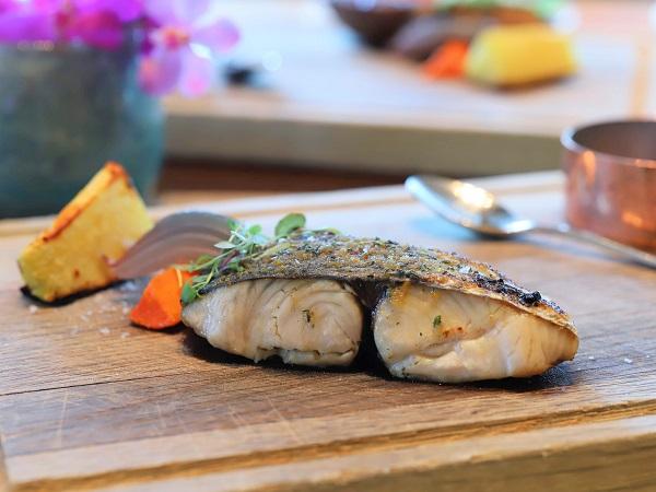 インターコンチネンタルホテル大阪のランチブッフェ(魚のグリル)