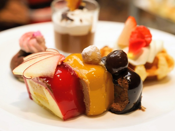 リッツカールトン大阪のスイーツブッフェ(ムースケーキ)