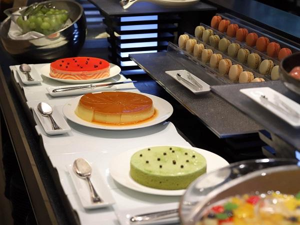 リーガロイヤルホテルのビュッフェ(ケーキ)