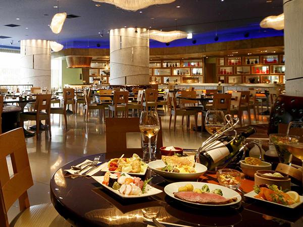 ヒルトン東京ベイのランチビュッフェ|フォレストガーデン店内