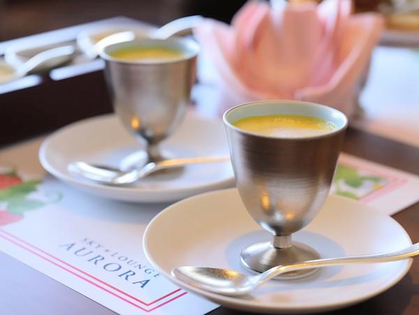 京王プラザホテルのアフタヌーンティー<オーロラ>|スープ