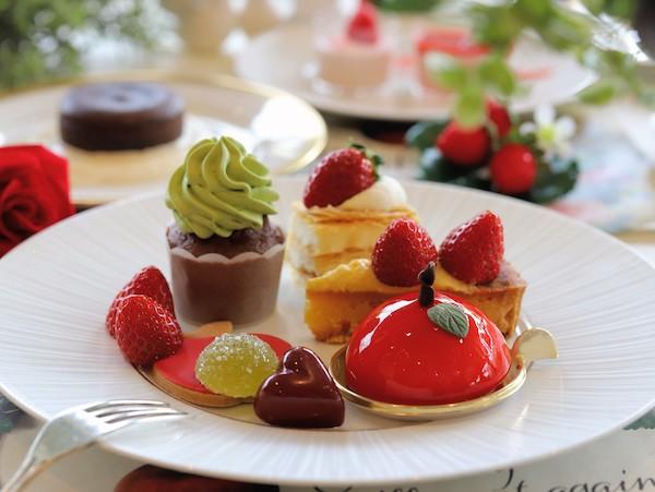 ホテル インターコンチネンタル 東京ベイのスイーツブッフェ|皿盛り