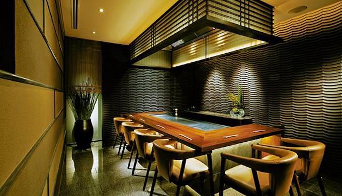 パレスホテルのランチレストラン|濠