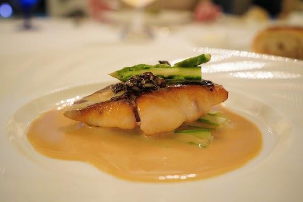 グランドプリンスホテル高輪 トリアノンのディナー|真鯛のポワレ