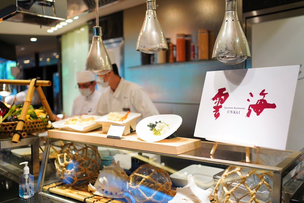ANAインターコンチネンタルホテル東京「カスケイドカフェ」のディナービュッフェ|雲海