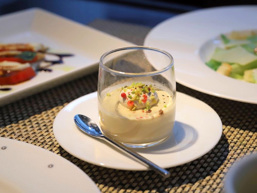 ANAインターコンチネンタルホテル東京「カスケイドカフェ」のディナービュッフェ|フォアグラのパルフェ
