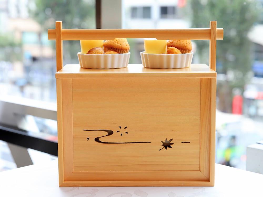 tcc GINZAの洋食のアフタヌーンティー|玉手箱