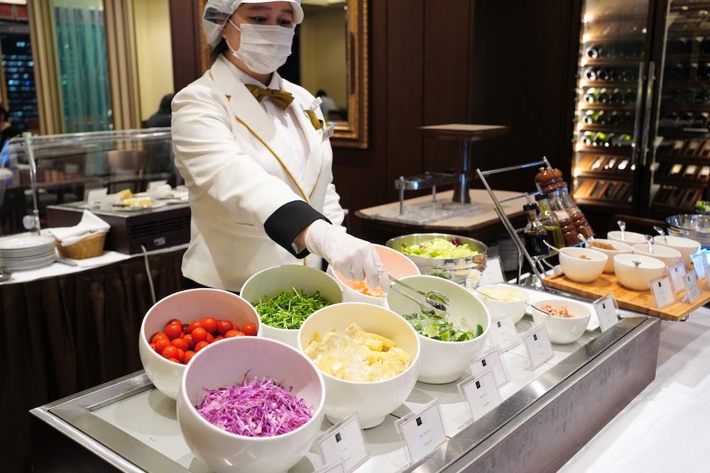 帝国ホテル「インペリアルバイキング サール」のビュッフェ|サラダ