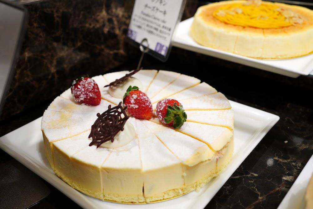 インターコンチネンタル東京ベイ「シェフズライブキッチン」のデザートビュッフェ|ケーキ