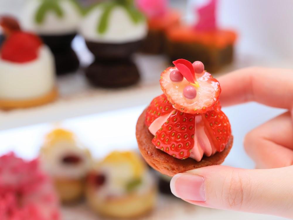 ANAインターコンチネンタルホテル東京「ザ・ステーキハウス」のアフタヌーンティー|ストロベリーカップケーキ