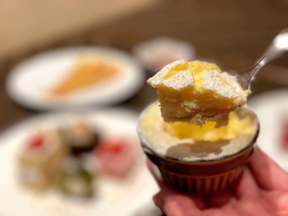横浜ベイシェラトン「コンパス」のオーダービュッフェ|チーズケーキ