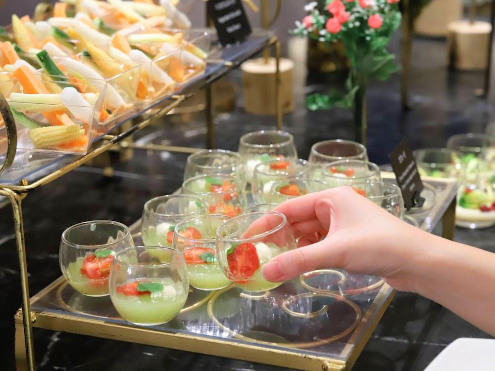 ヒルトン東京「マーブルラウンジ」のいちごスイーツ&ランチビュッフェ|前菜