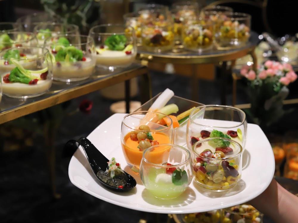 ヒルトン東京「マーブルラウンジ」のいちごスイーツ&ランチビュッフェ|前菜盛り合わせ