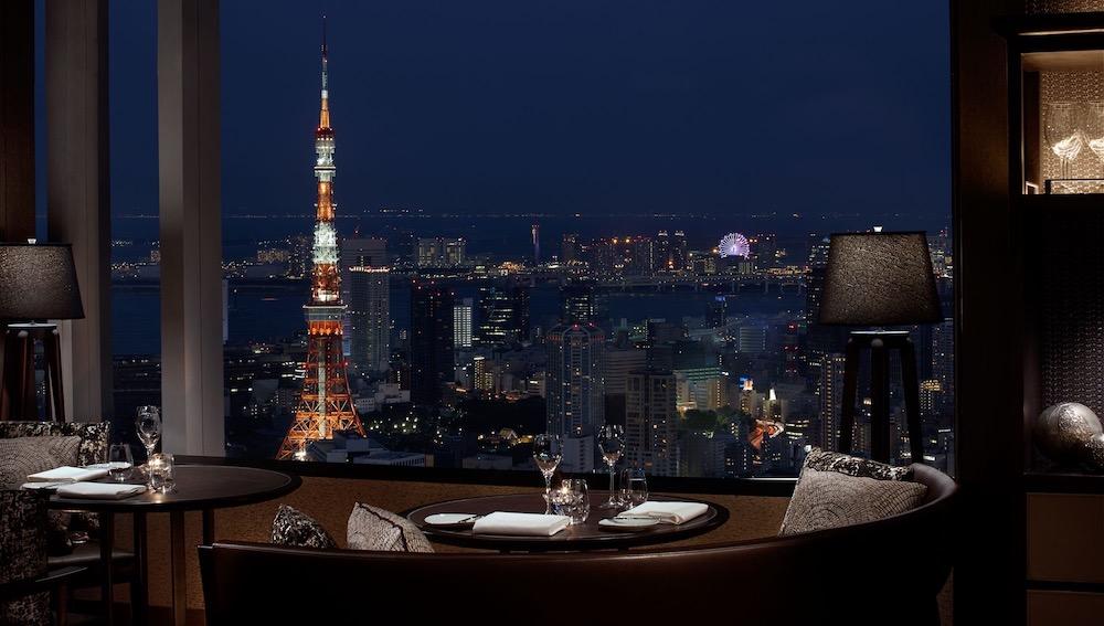ザ・リッツカールトン東京 タワーズのディナー|夜景