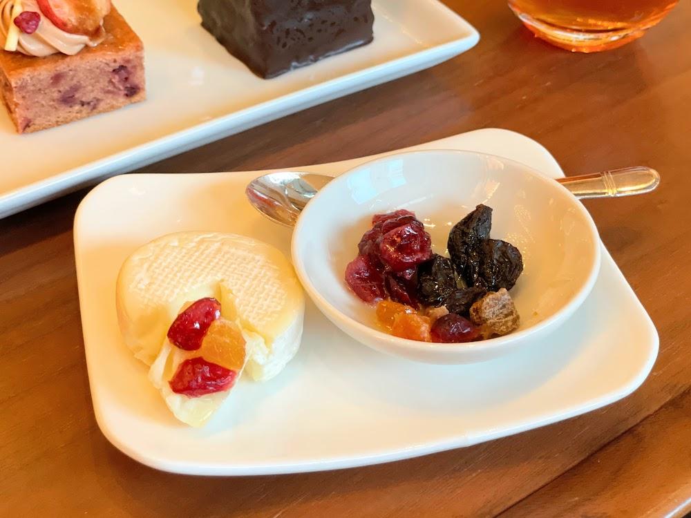 横浜ベイシェラトン「シーウインド」のナイトスイーツビュッフェ チーズ